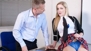 L'enseignant Big British Tits donne une écolière de test ft Georgie Lyall