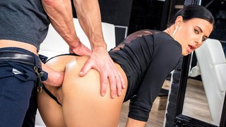 Dick épais dans Tight Tush – The Art of Anal